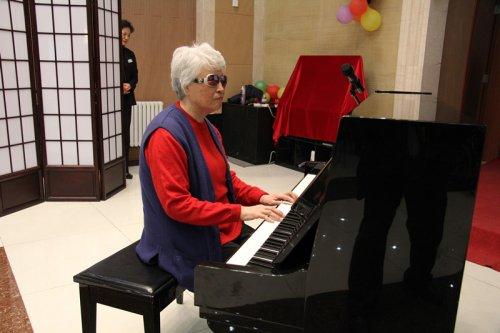 于桂芝奶奶的钢琴独奏